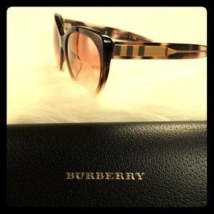 Burberry Sunglasses NWOT